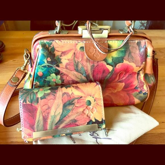 6b6e2cd365 Bags | Patricia Nash Gracchi Purse With Matching Wallet | Poshmark